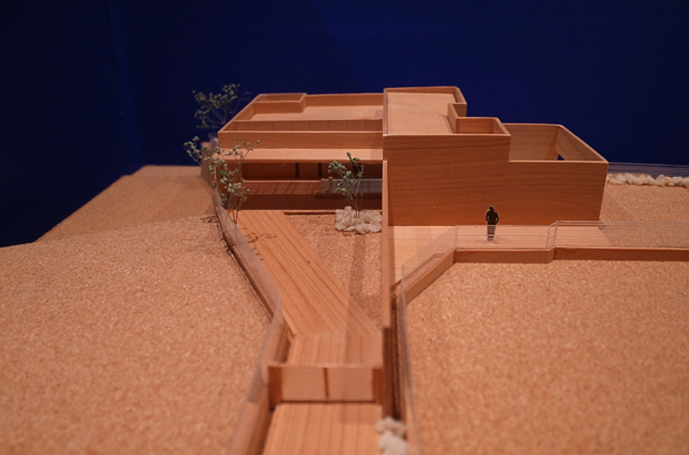 LIAISON HOUSE: Construction modeling