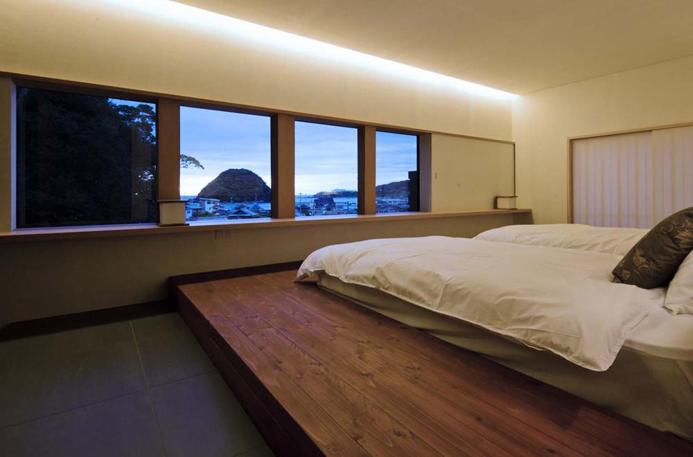 AKIBA NANGUAN: Bedroom