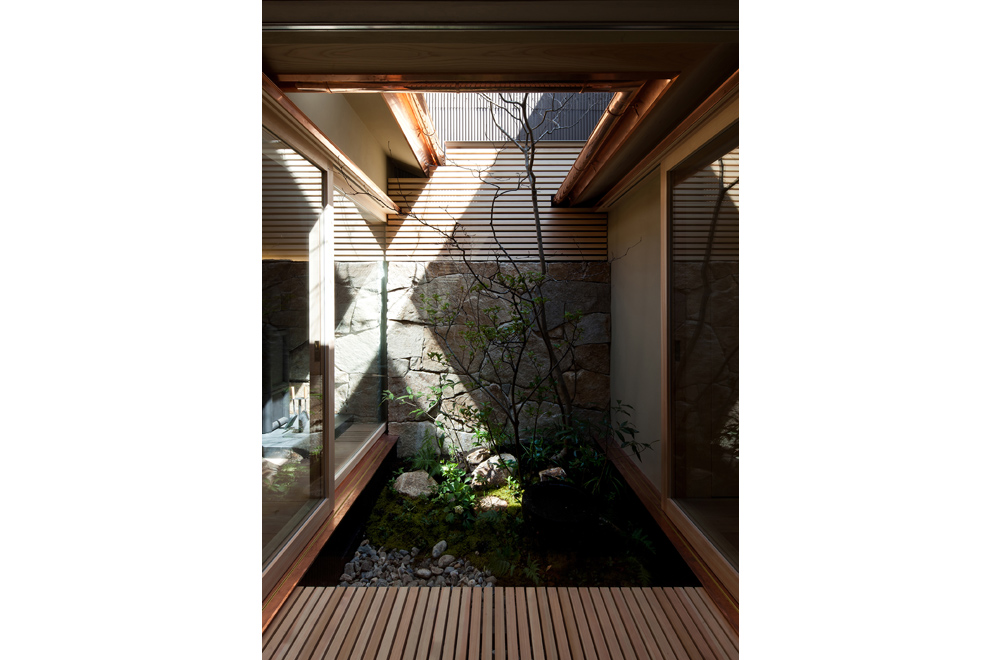 KYOTO STYLE COURTYARD: Courtyard