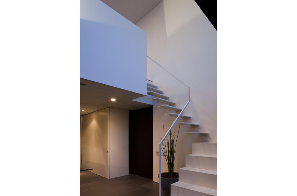 VILLA WHITE CUBE: Stairs
