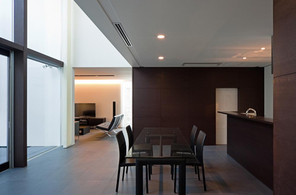 VILLA WHITE CUBE: Living room