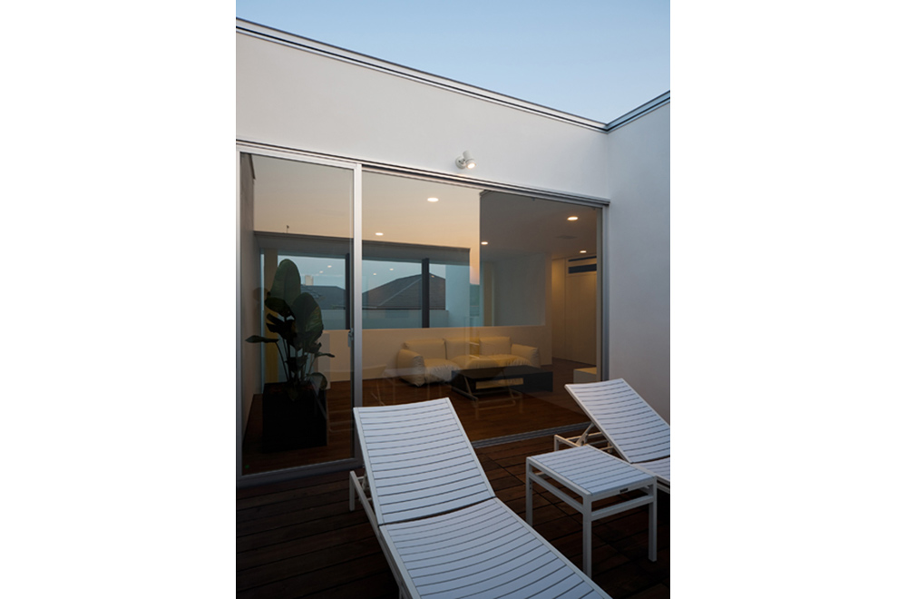 VILLA WHITE CUBE: Roof