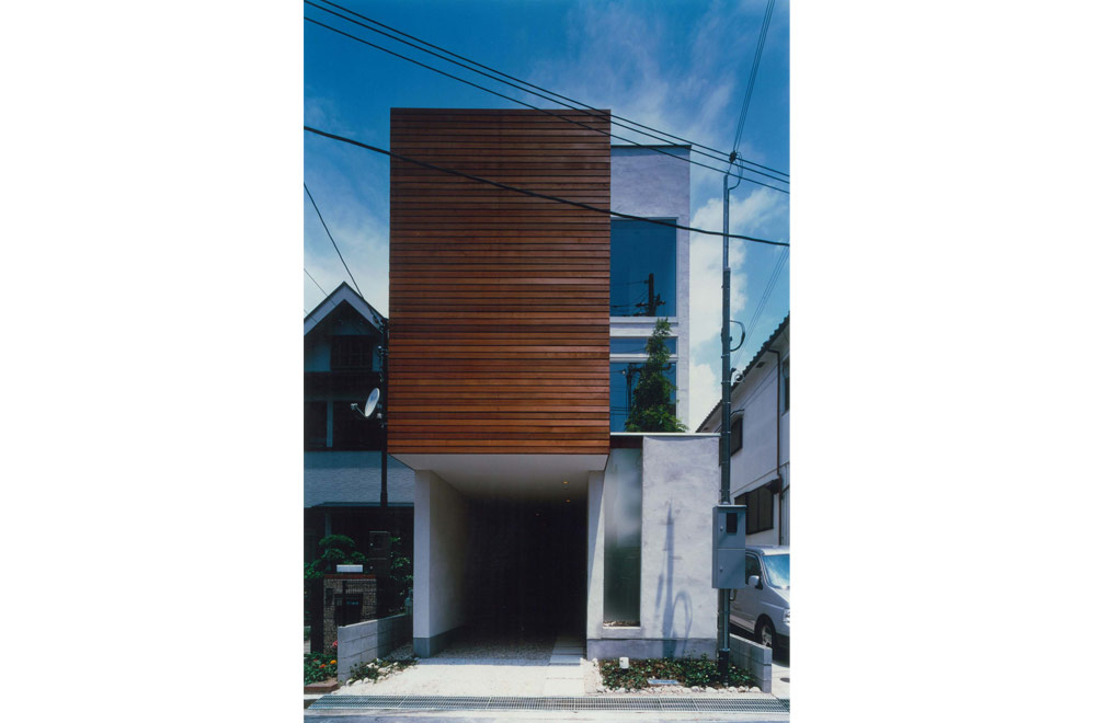HOUSE IN MINAMI-MUKONOSOU: Facade