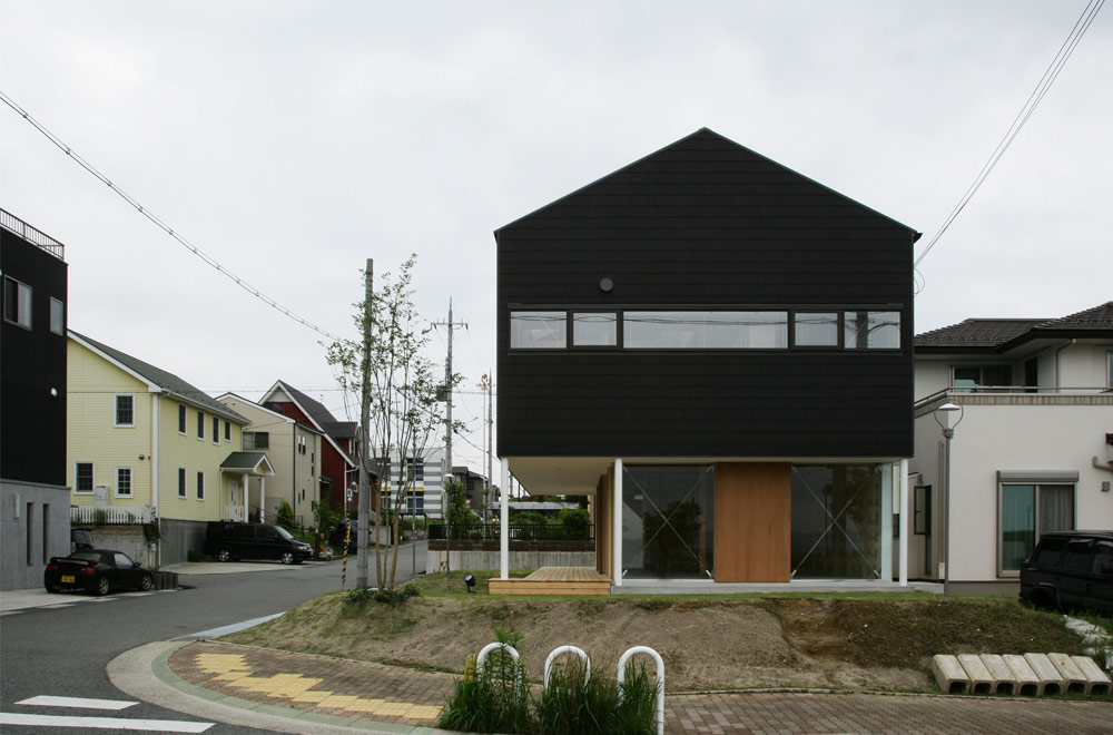 HOUSE IN KOUZUDAI: Facade
