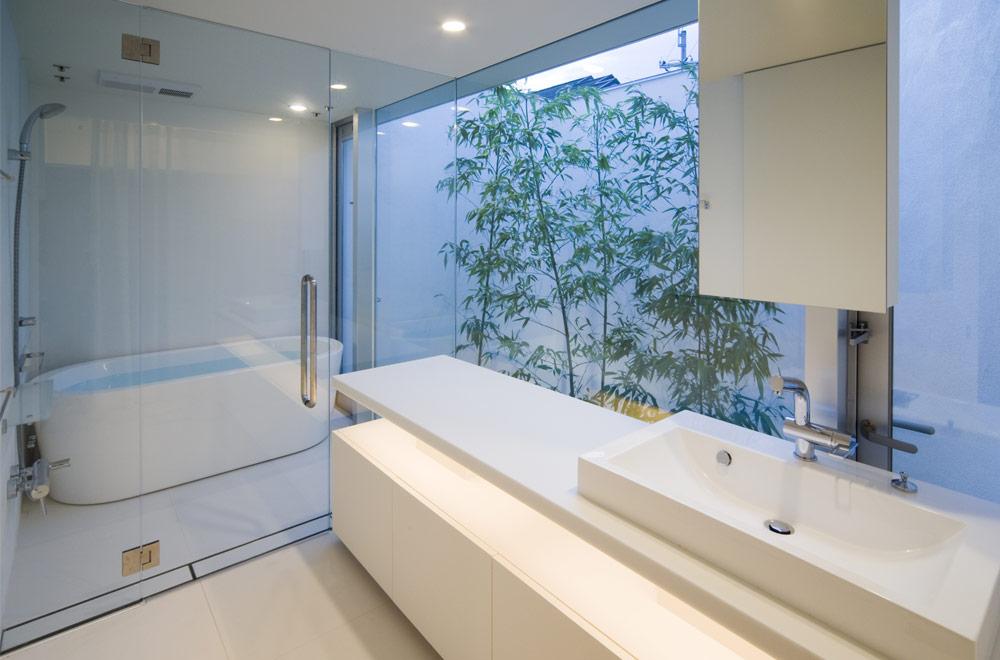 SPIRAL: Wash room