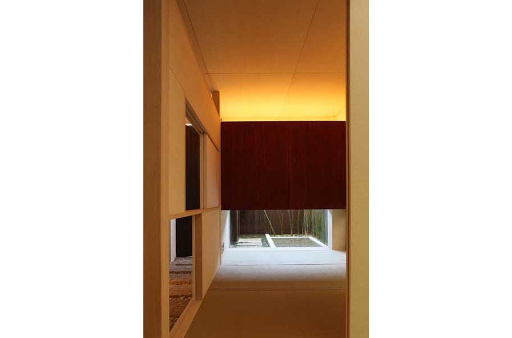HOUSE IN AKASHI: Japanese-style room