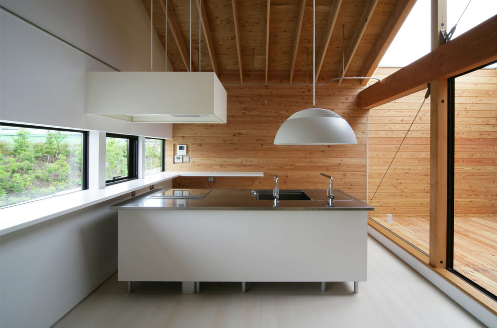 HOUSE IN KOUZUDAI: Kitchen