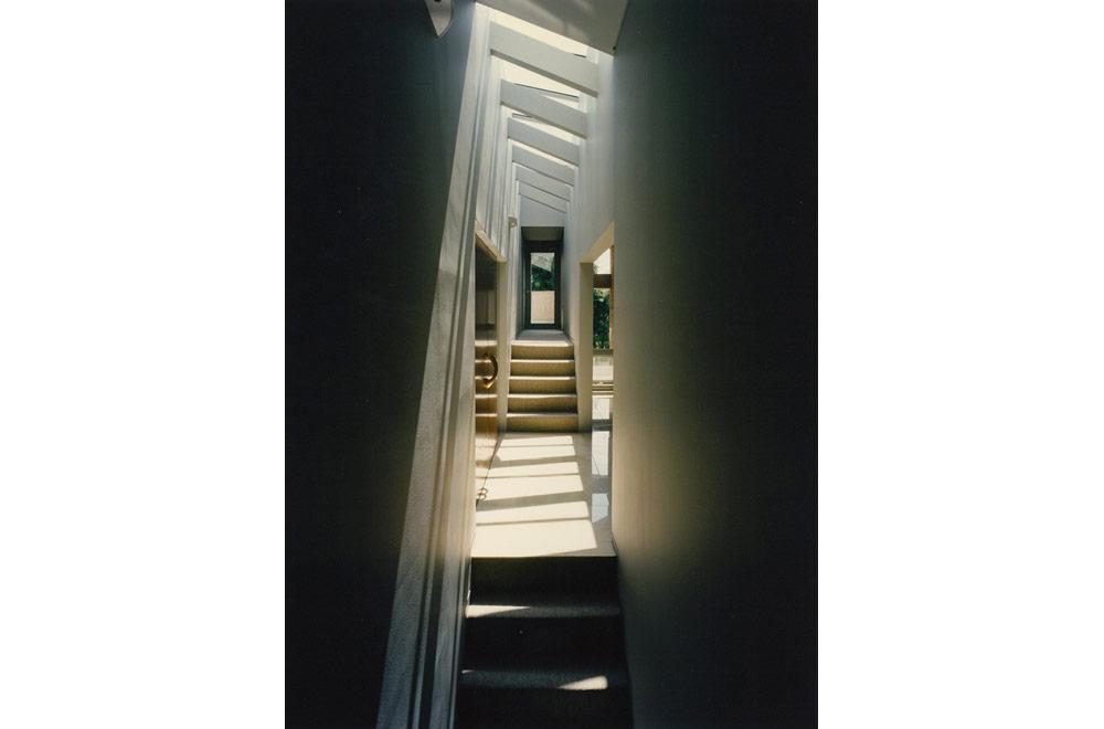 HOUSE IN SUMIYOSHIYAMATE: Mezzanine