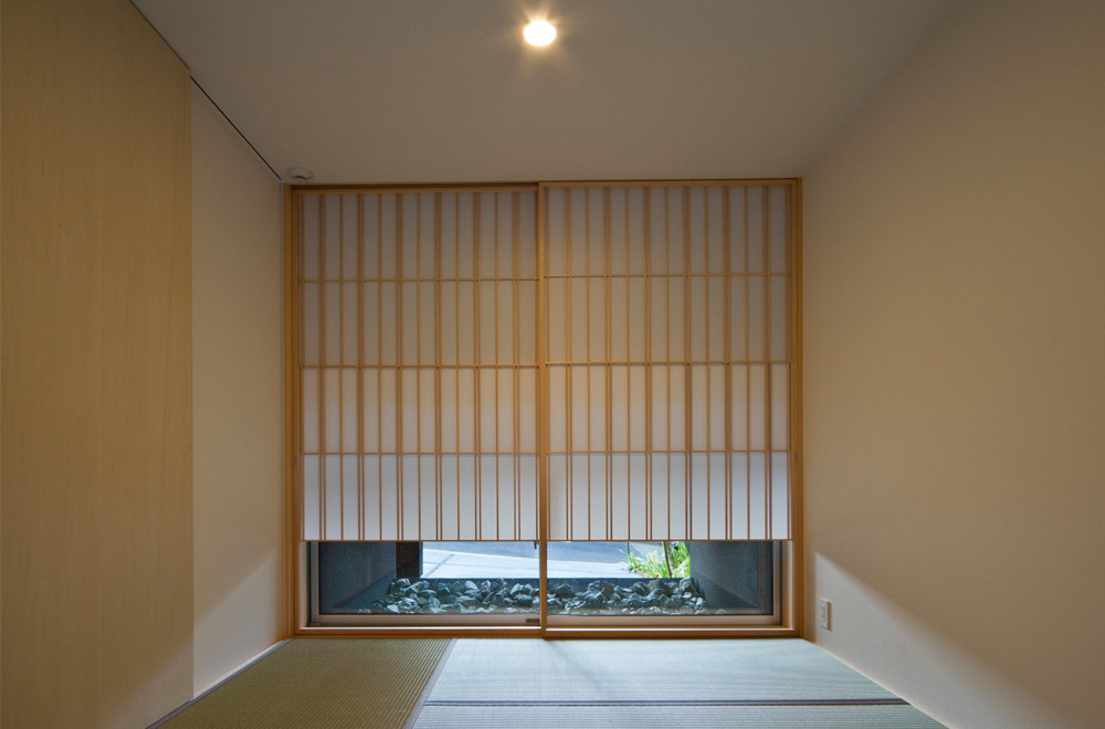 BLACK WALL HOUSE: Japanese-style room