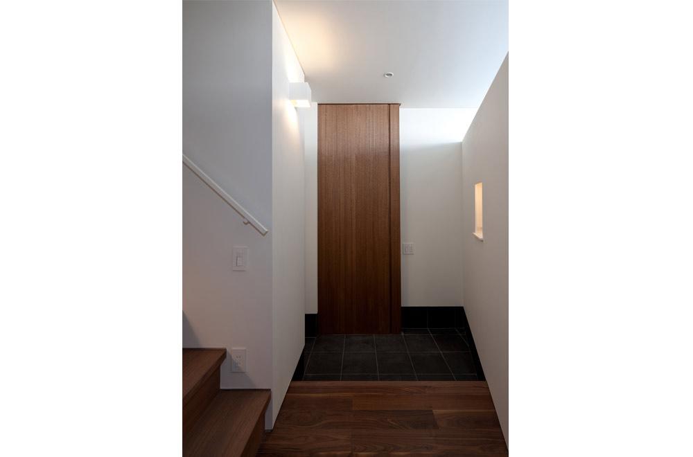 SLIT: Entrance
