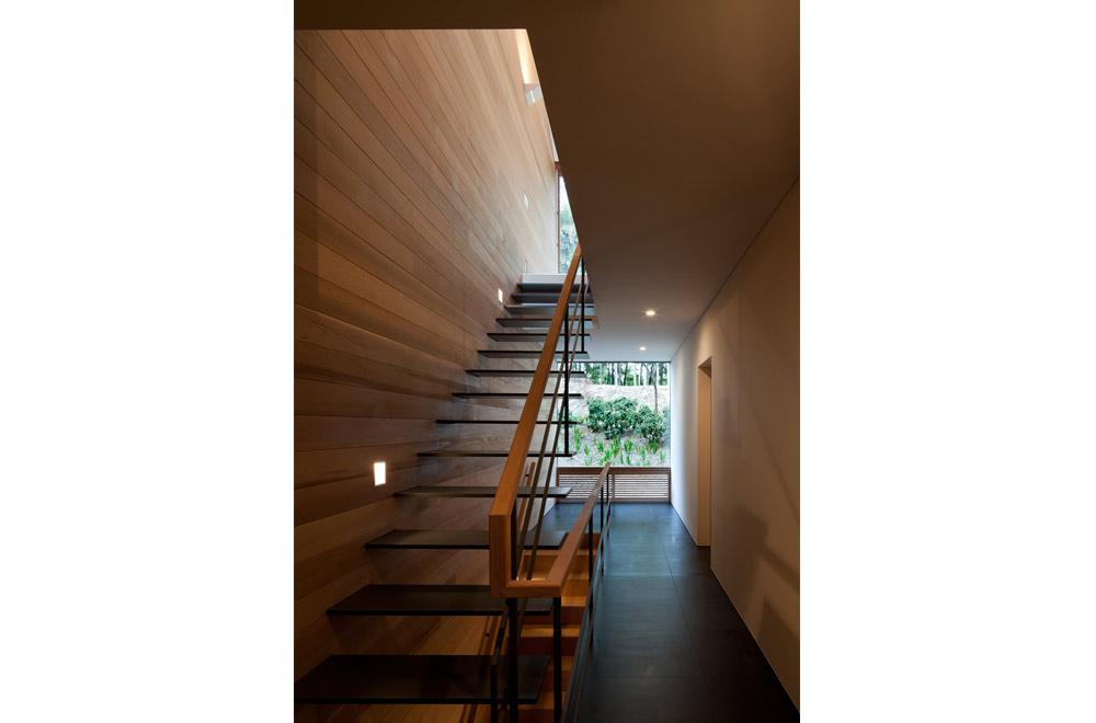 KANCHIKUSOU: Stairs