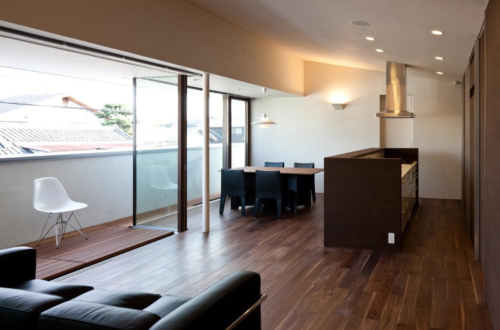SLIT: Living room