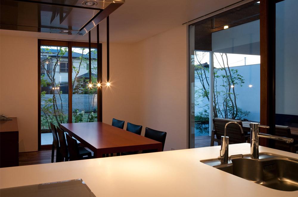 GARDEN HOUSE: Living room & Dining kitchen