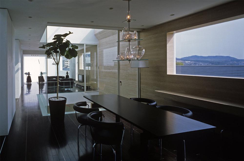 HOUSE IN MUKOYAMA: Living room