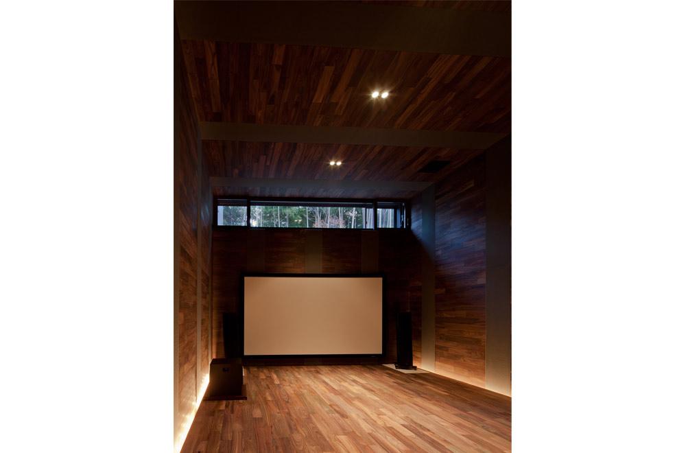 KANCHIKUSOU: Audio room
