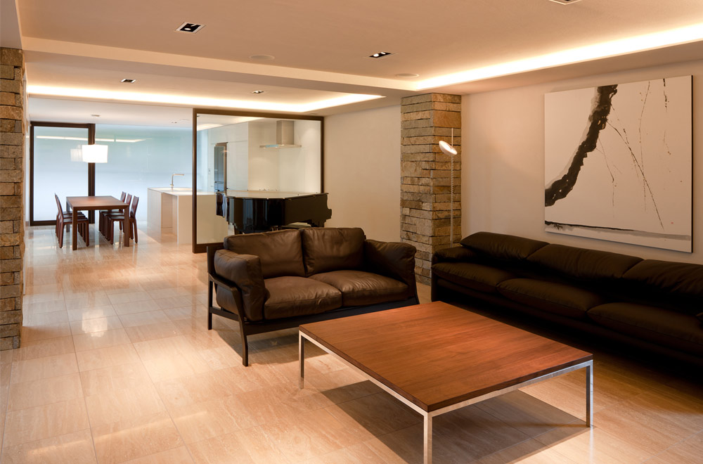 G-HOUSE: Living room