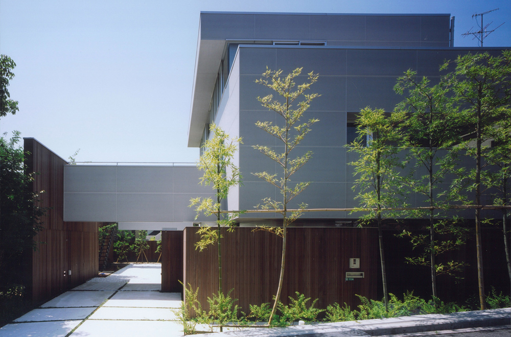 HOUSE IN TAKATSUKA: Appearance