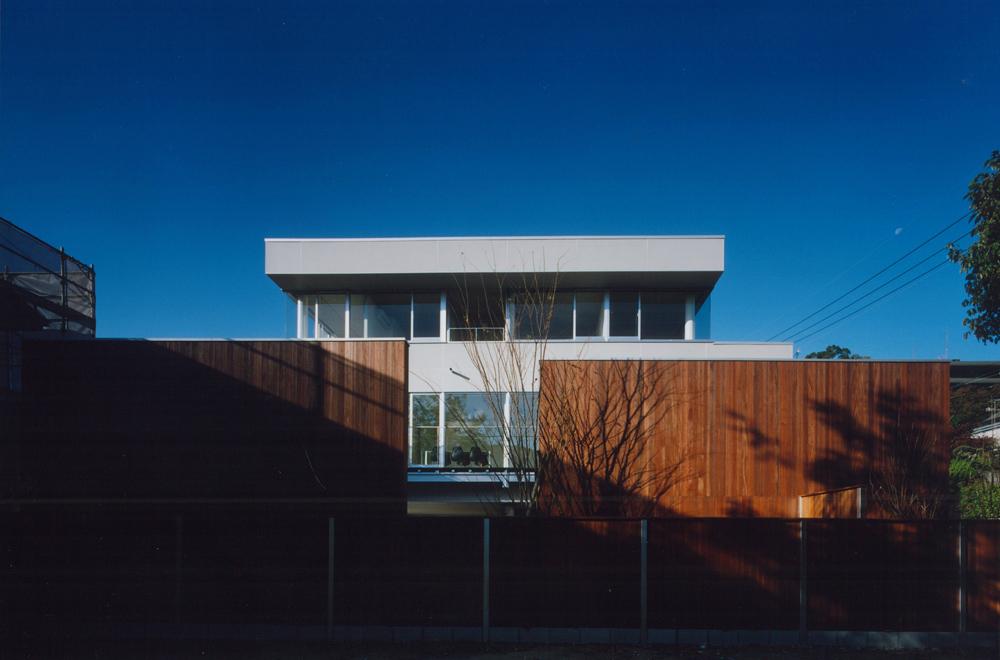 HOUSE IN TAKATSUKA: Facade