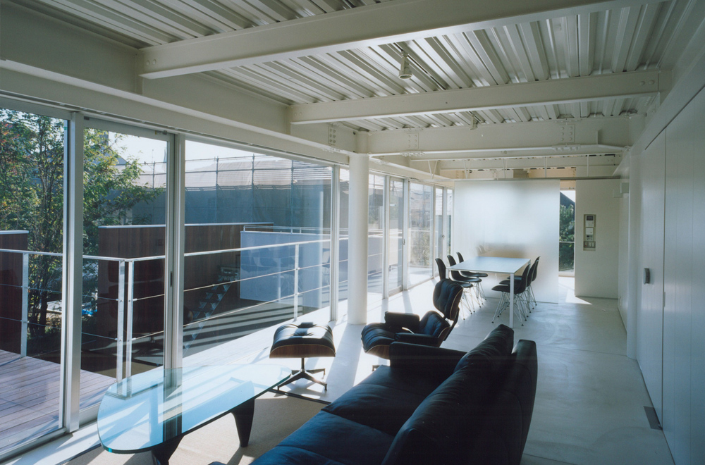 HOUSE IN TAKATSUKA: Private space