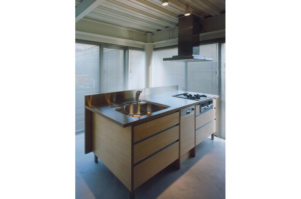 HOUSE IN TAKATSUKA: Kitchen