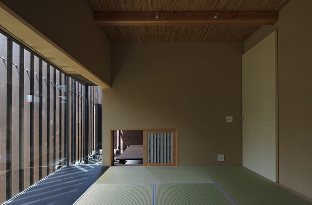 HOUSE IN HANNAN: Japanese-style room