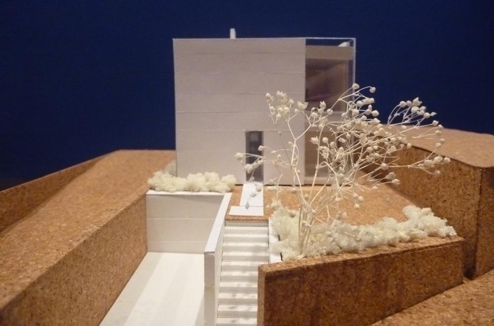 8×8: Construction model