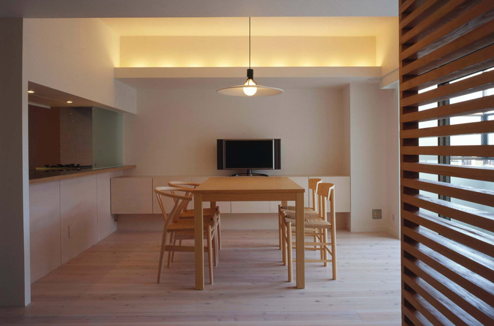 S-HOUSE: Living room & Dining kitchen