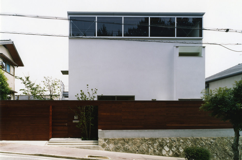 HOUSE IN SAKASEDAI: Facade