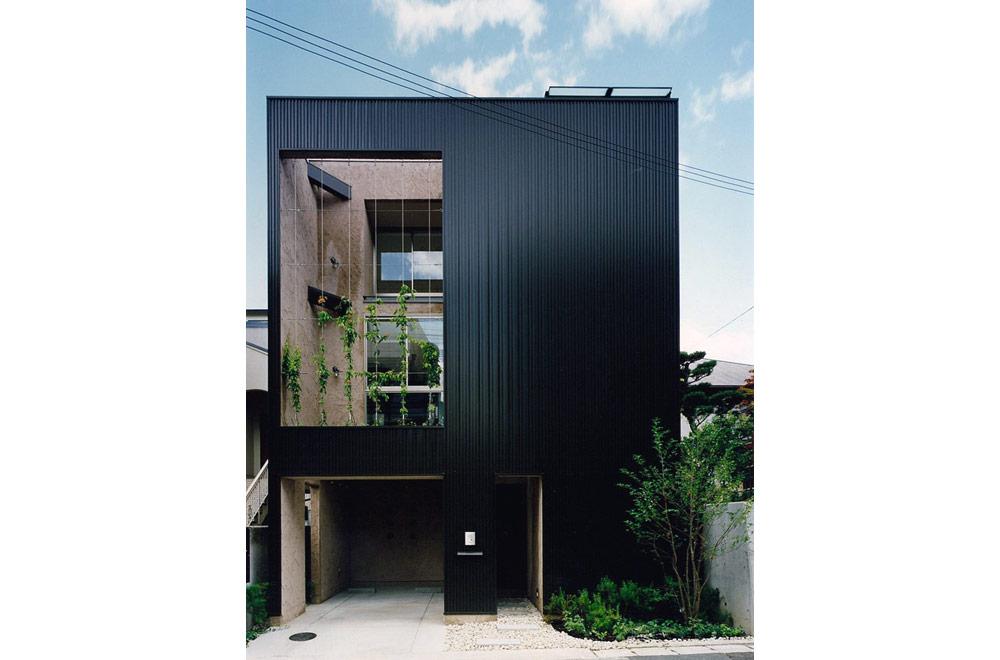 E-HOUSE: Facade