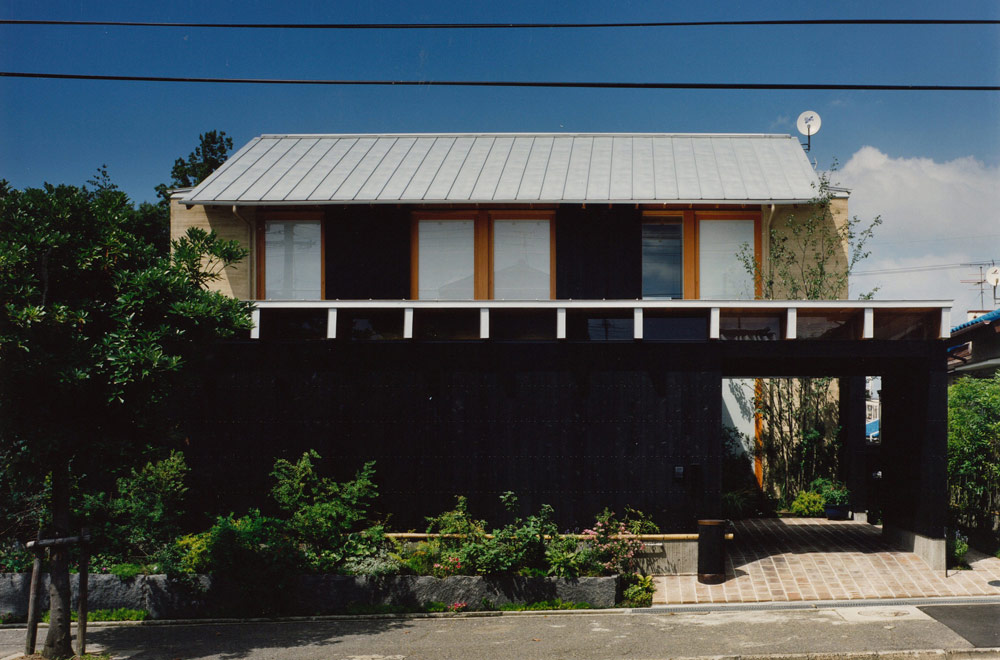 HOUSE IN SAYAMA: Facade