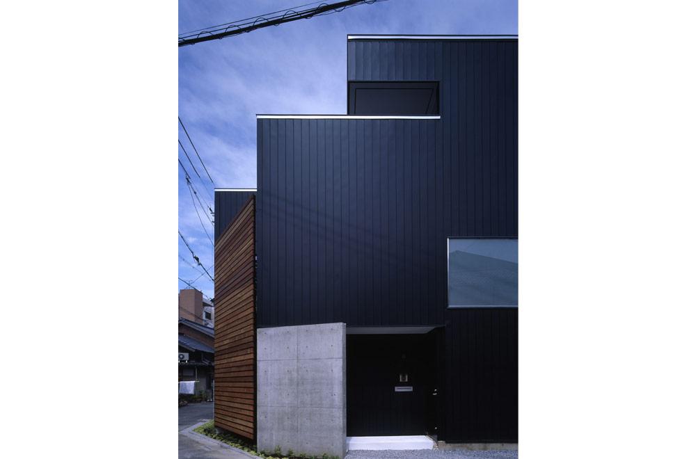 HOUSE IN JINAICHOU: Facade