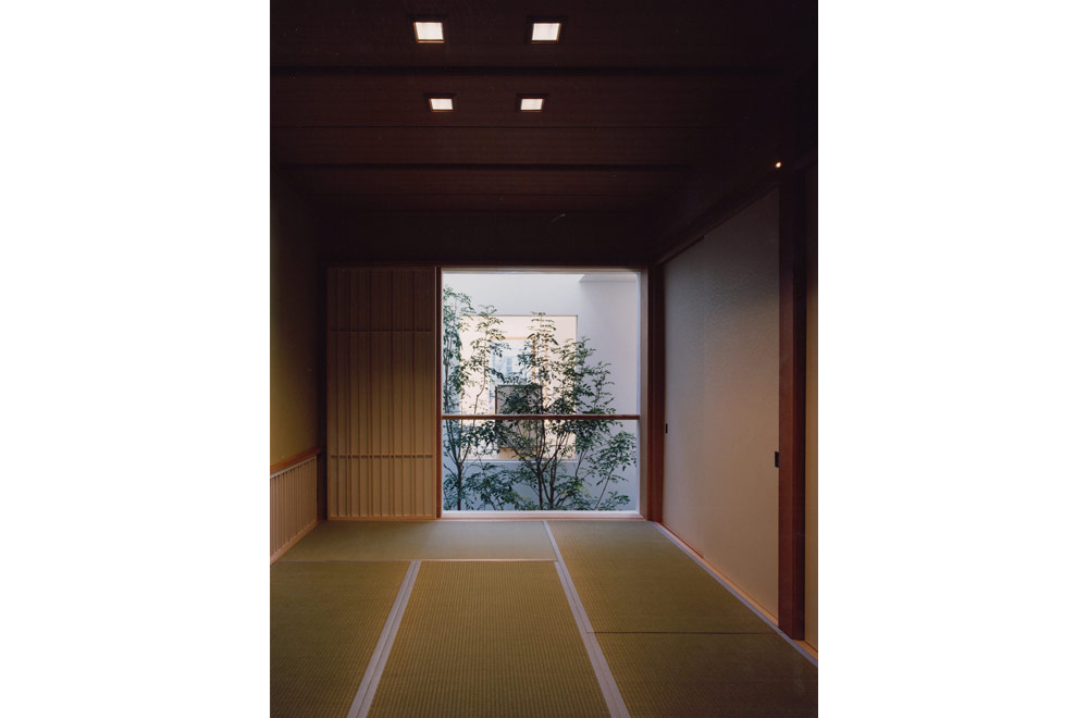INNER PATIO: Japanese-style room