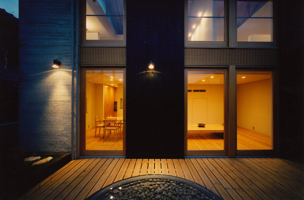 HOUSE IN SAYAMA: Deck terrace