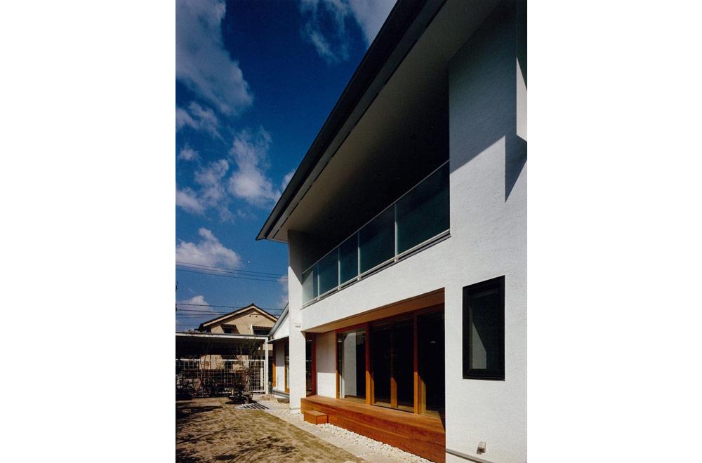 HOUSE IN YASHIKITHOU: Courtyard