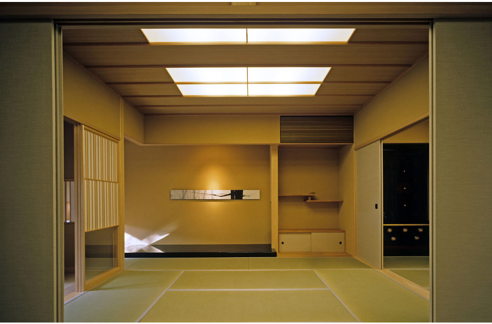 HOUSE OF BLACK WALL: Japanese-style room