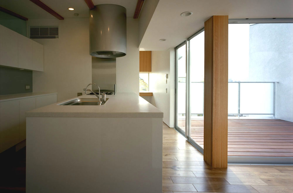 HOUSE IN MOTOYAMA: Living room & Dining kitchen