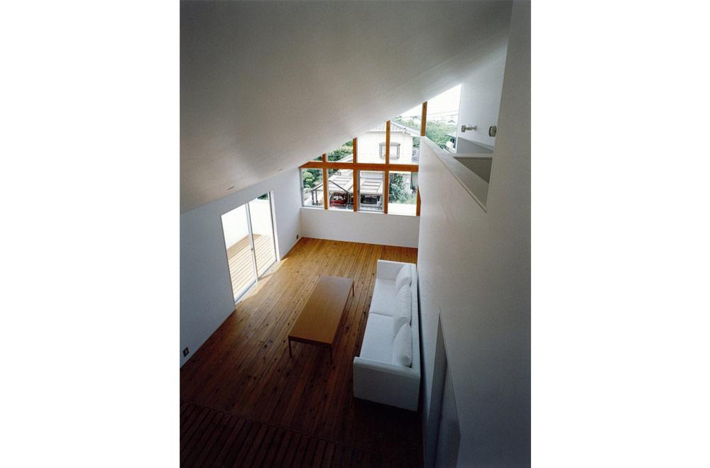 HOUSE IN TSUKAGUCHI: Living room