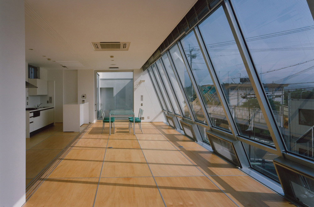MATSUMOTO CLINIC: Consultation room