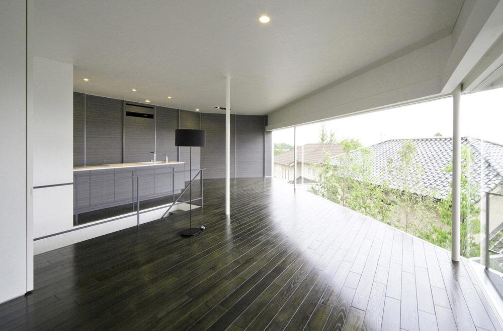 PENTAGONAL HOUSE: 2F