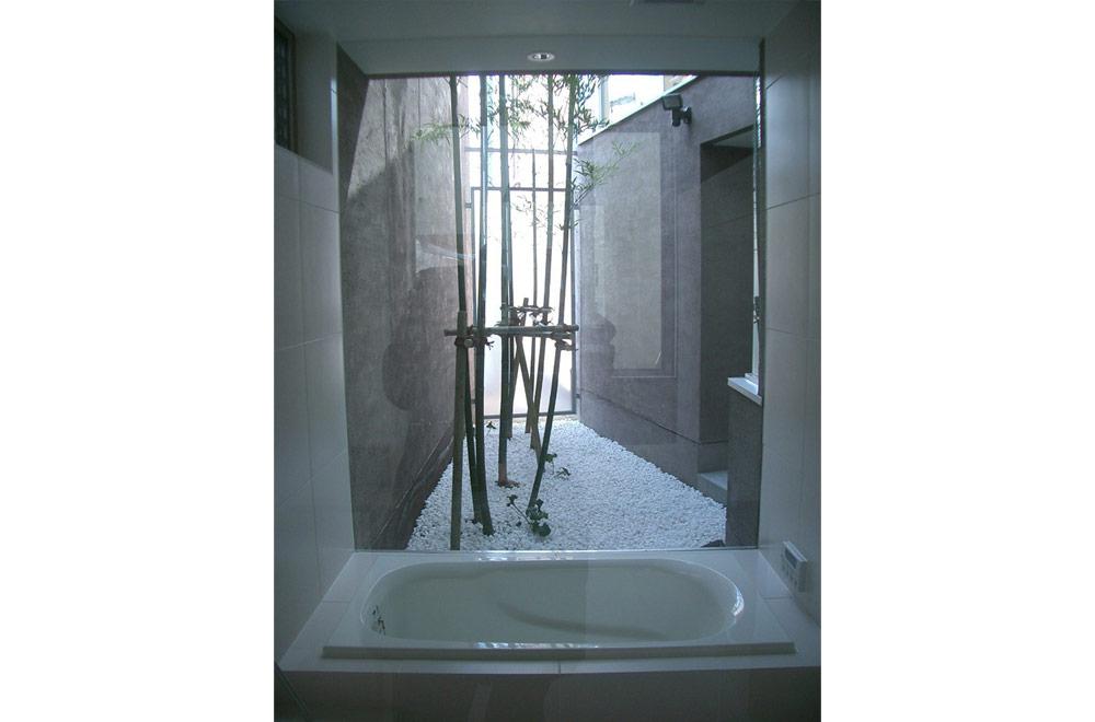 HOUSE IN HIGASHISUMA: Bathroom