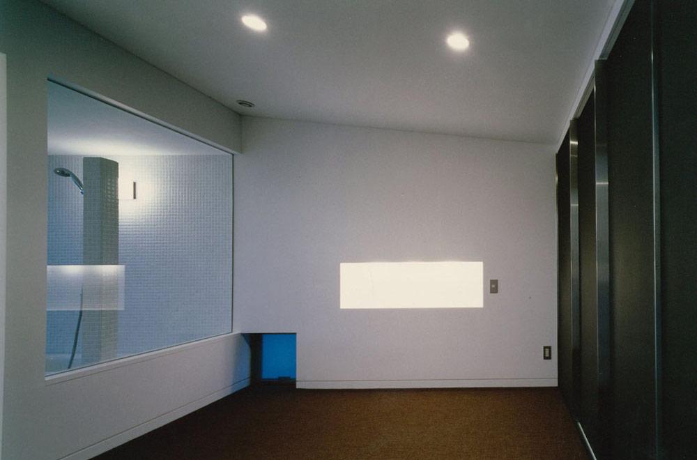 HOUSE IN NANPEIDAI: Dressing room