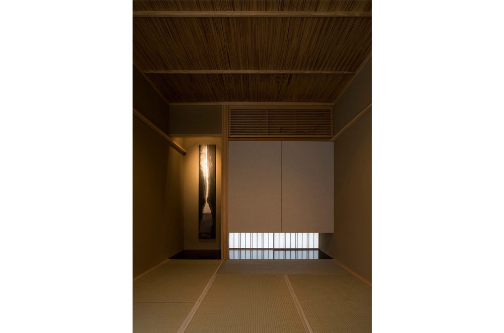 HOUSE OF THE LIGHT: Japanese-style room