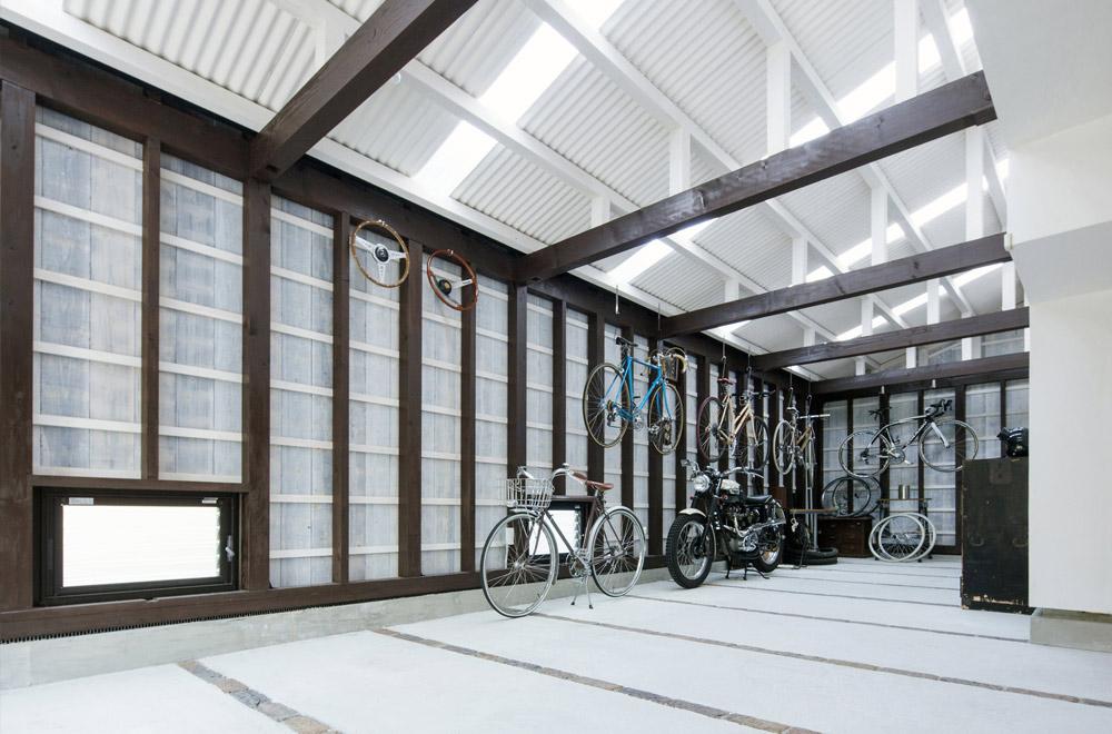 GUTAI: Garage
