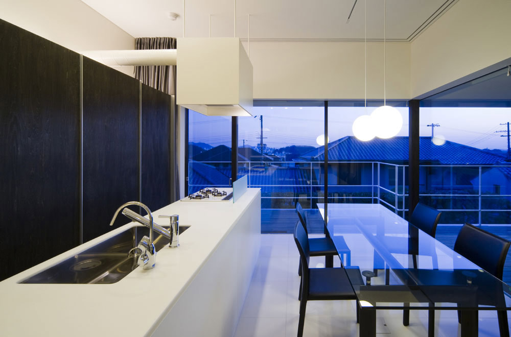 FLOATING WATER SEAT: Living room & Dining kitchen